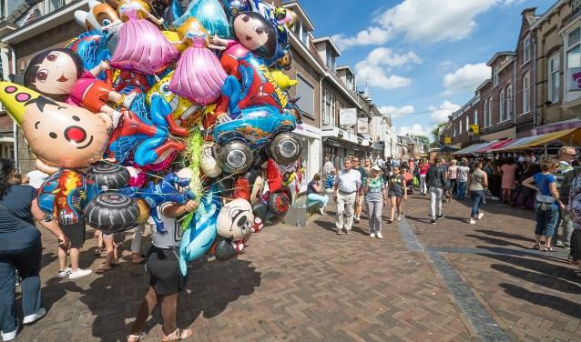 • De zomermarkt in Leerdam vorig jaar.