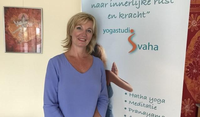 • Gerdie van Gerwen van yogastudio Svaha heeft de opleiding opgezet samen met het ayurvedisch instituut Den Haag en PDI in India.