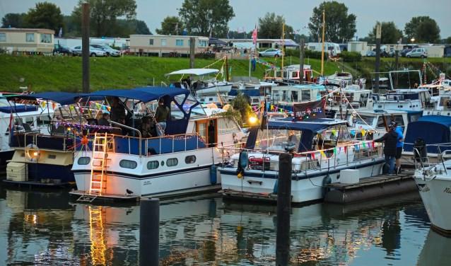 Maas in Vlammen Foto: Lya Cattel © Bommelerwaard