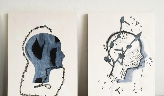 • Twee van de werken die te zien zijn.