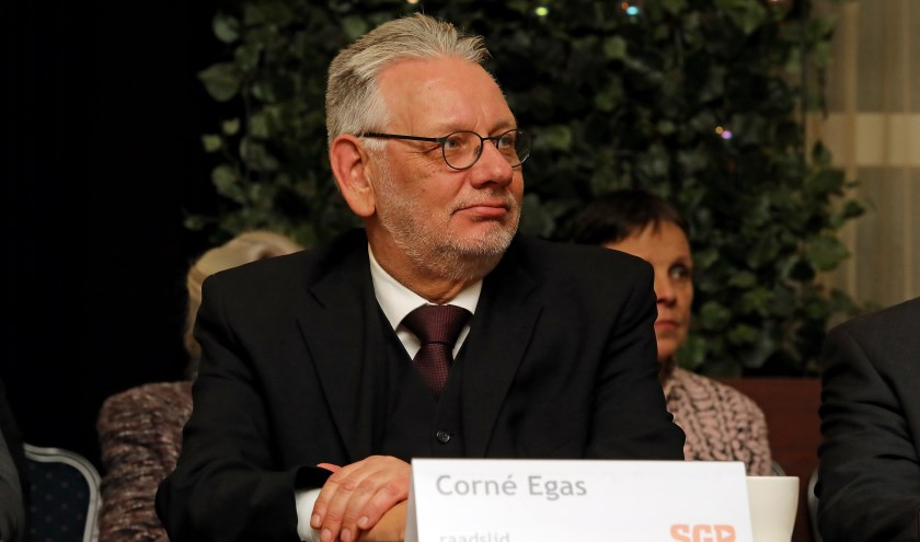 • Corné Egas (SGP) vroeg om meer aandacht voor het sociale domein.