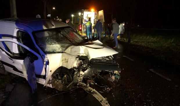 • Het voertuig raakte zwaar beschadigd.