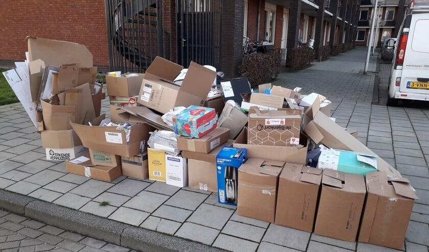 • Het oud papier werd in Bergambacht in veel straten niet opgehaald.