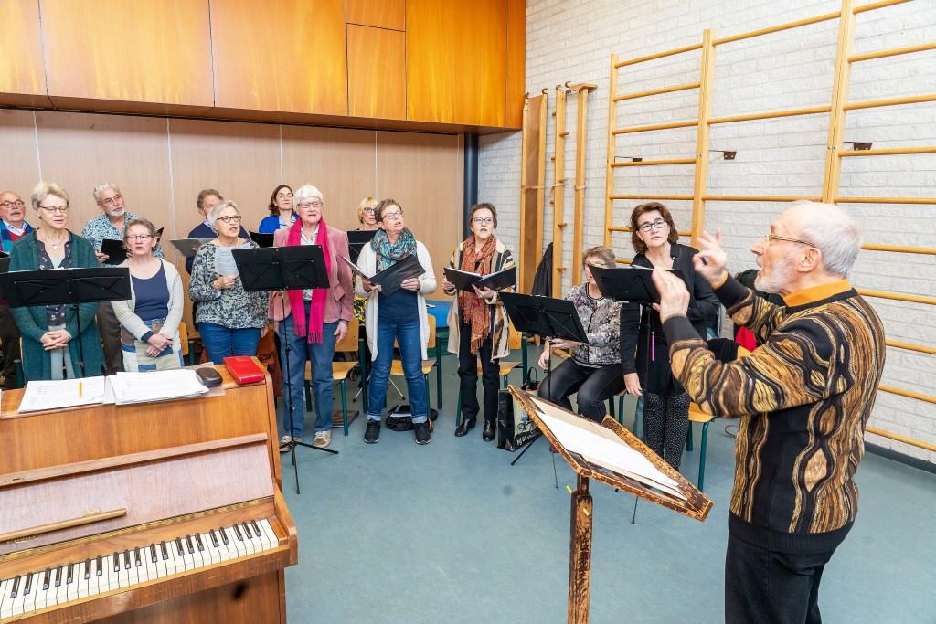Repetitie Viaans Kamerkoor Foto: Nico Van Ganzewinkel © Vianen