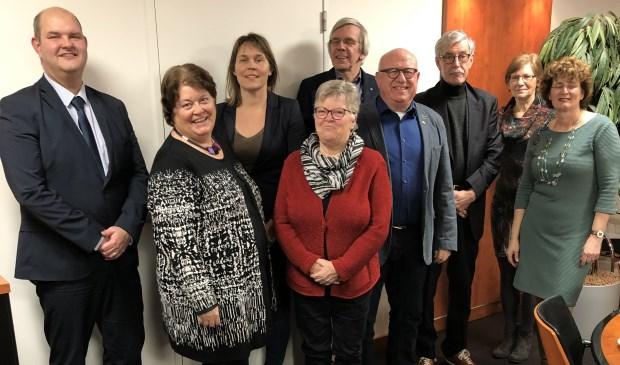 • Namens de gemeente werd het convenant ondertekend door wethouder Erik van Hoften (links op de foto).