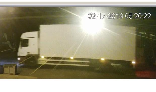 • De vrachtwagen die de lading meenam.