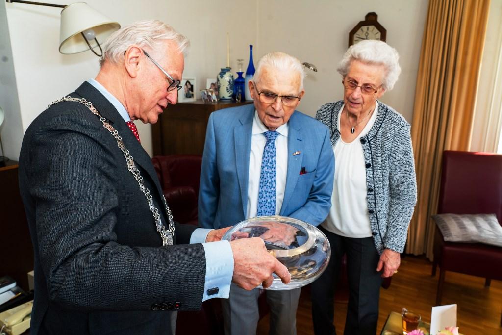 60 Jarig huwelijk echtpaar Den-Hertog-Brouwer Foto: Nico Van Ganzewinkel © Leerdam
