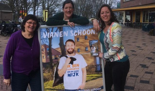 • Van links naar rechts: Ria Timmerman, Karin Sluyzer en Simone Visser.