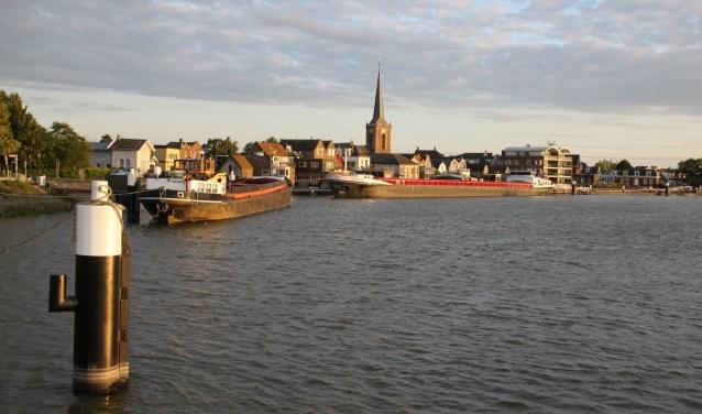 • Dorpsgezicht van Ouderkerk aan den IJssel.