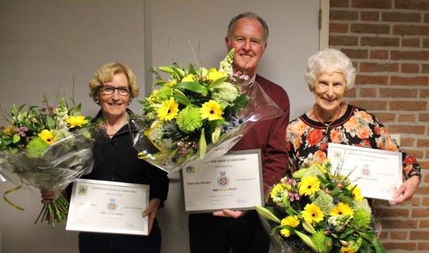 • To van Dalen, Hans van Helden en Stijnie Kraaij kregen een welverdiende onderscheiding.