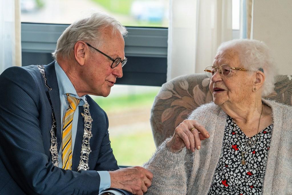 Mevrouw_Hanna_van Sprang-van Brenk 107_jaar  © Vianen