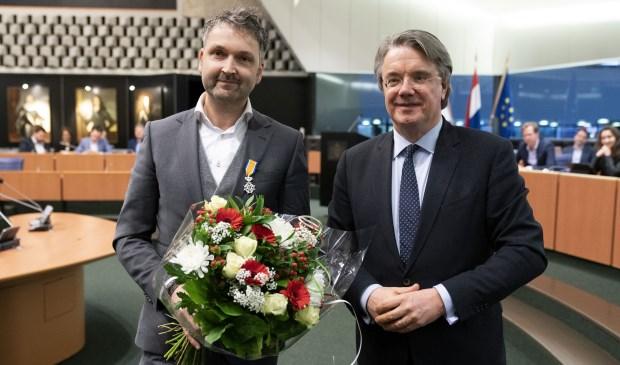 Roland van Vugt en commissaris van de Koning Wim van de Donk.