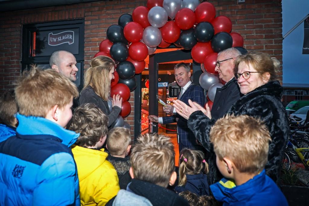 Nieuwe eigenaar slagerij Oomen in Nederhemert Foto: Lya Cattel © Bommelerwaard