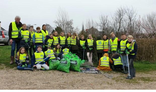 • Kinderen van De Bogerd ruimden afval op.