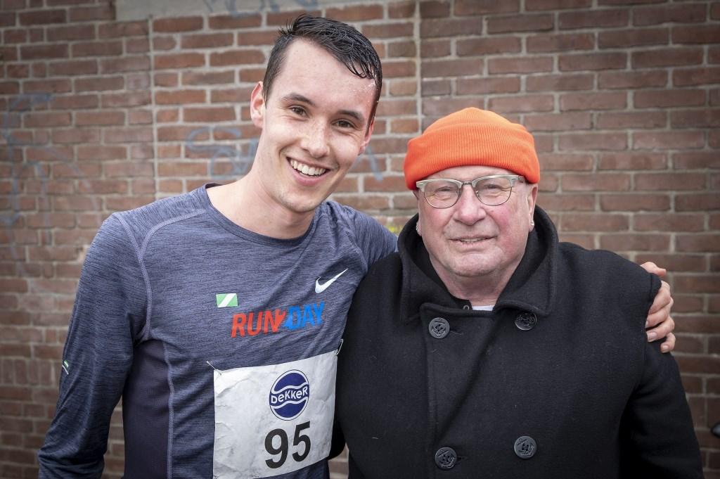 • Yorben Ruiter met zijn voormalige trainer Mels van der Ruit. foto: wijntjesfotografie.nl © Krimpenerwaard