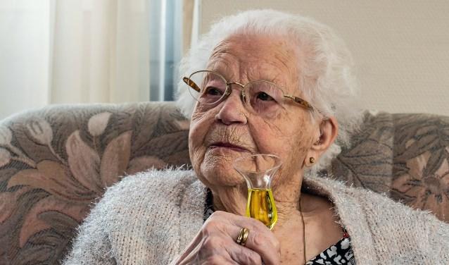 Mevrouw_Hanna_van Sprang-van Brenk 107_jaar