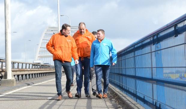 • Van links naar rechts: Bart Meijboom (nummer 5), Henk van Zelst (nummer 2) en Hermen Vreugdenhil (nummer 1).