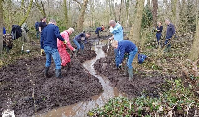 • De vrijwilligers van de Groene Long aan het werk.