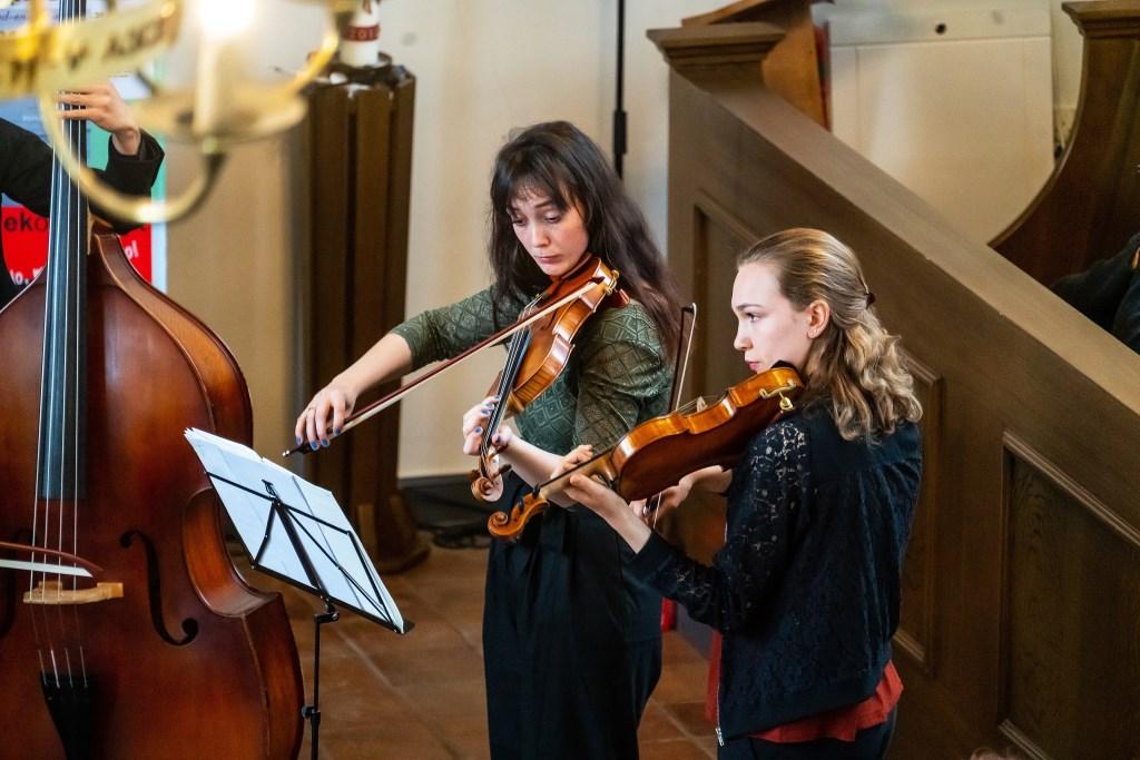 Cugnon Consort in Muziek op de Dijk Foto: Nico Van Ganzewinkel © Leerdam