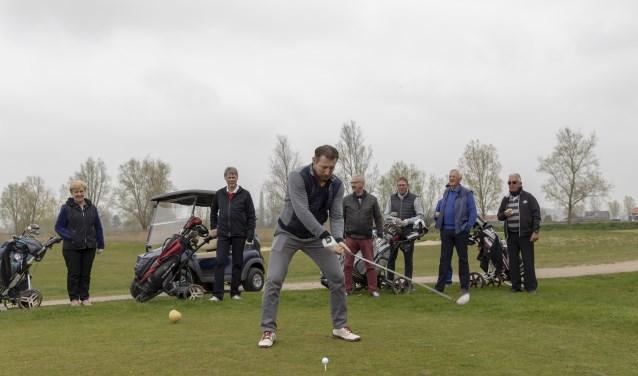 Op Golfpark Almkreek is het golfseizoen begonnen.