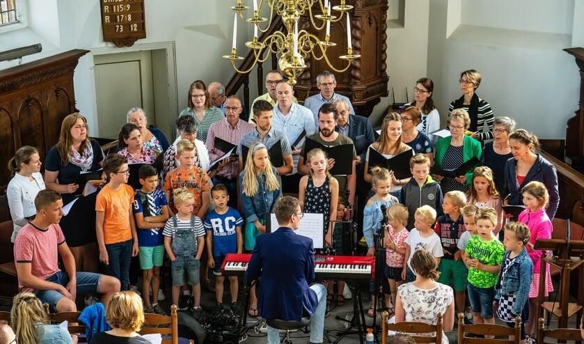 Paaszangdienst in de Hervormde Kerk in Everdingen