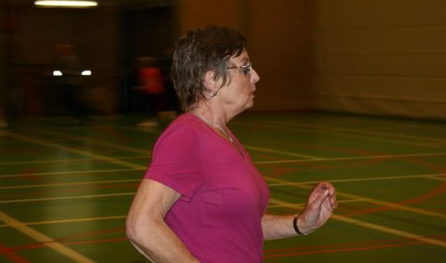 • Margreet van Zuijdam zoeft voorbij tijdens het hardlopen.