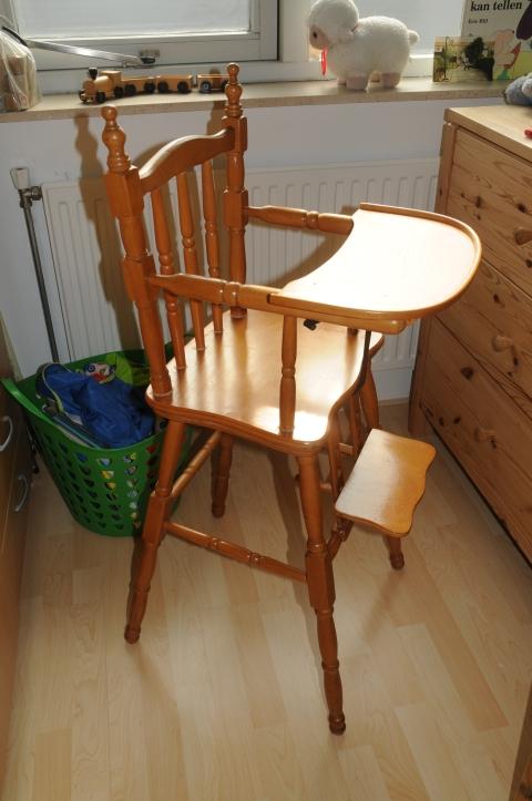 2 Houten Kinderstoeltjes Te Koop.Kinderstoel Marktplein Het Kontakt App