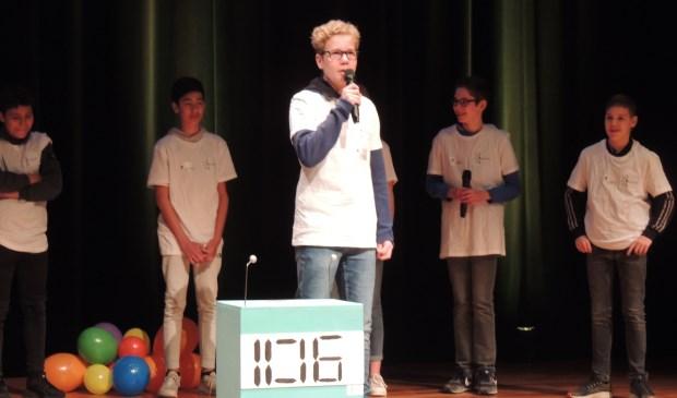 • De presentatie van het team van het Willem de Zwijger College.