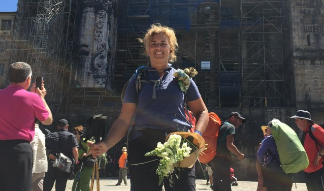 • De aankomst van Anne-Marie Kruiper in Santiago de Compostella.