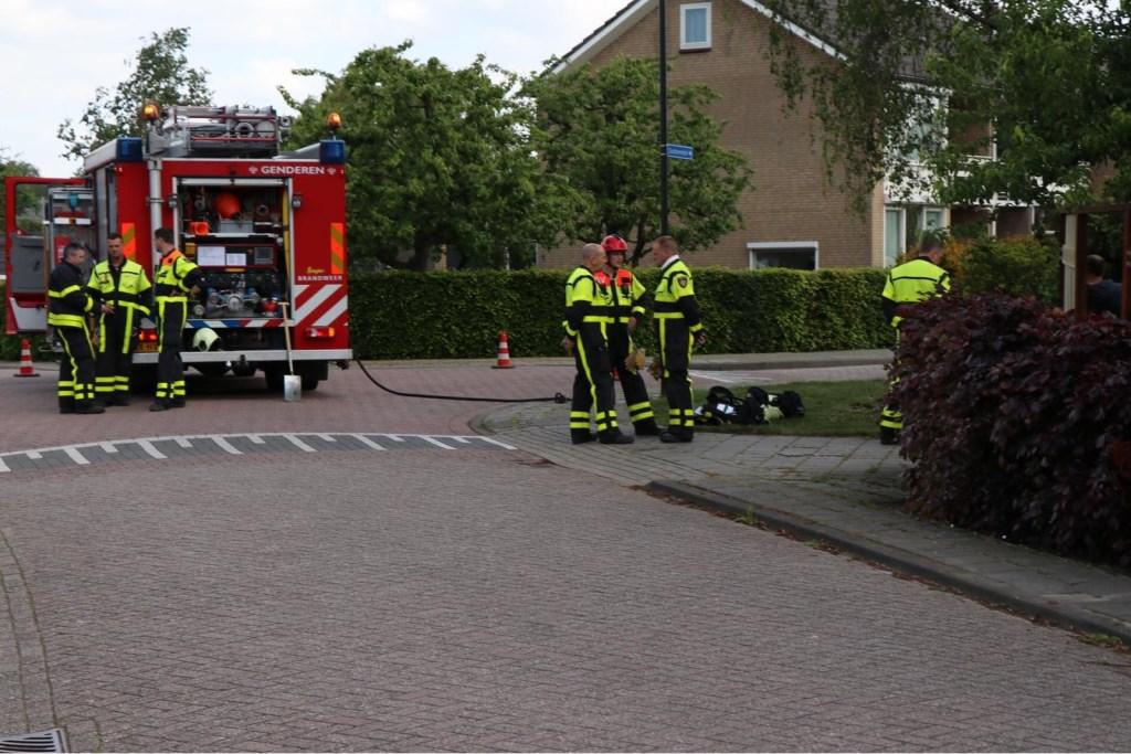 • Het lek ontstond tijdens werkzaamheden met een grondboor. Foto: Jurgen Versteeg © Heusden en Altena