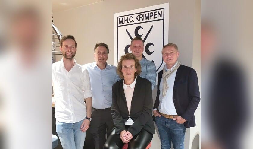 • Het nieuwe bestuur van MHC Krimpen.