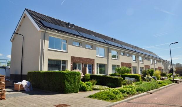 • De woningblokken in Lageweg hebben een moderne uitstraling gekregen.