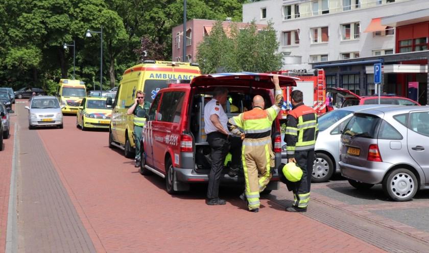 • Bij De Wielewaal werden veel hulpdiensten ingeschakeld nadat er een vreemde lucht was gemeld.
