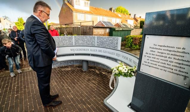• Zijderveld houdt Dodenherdenking bij nieuw monument.
