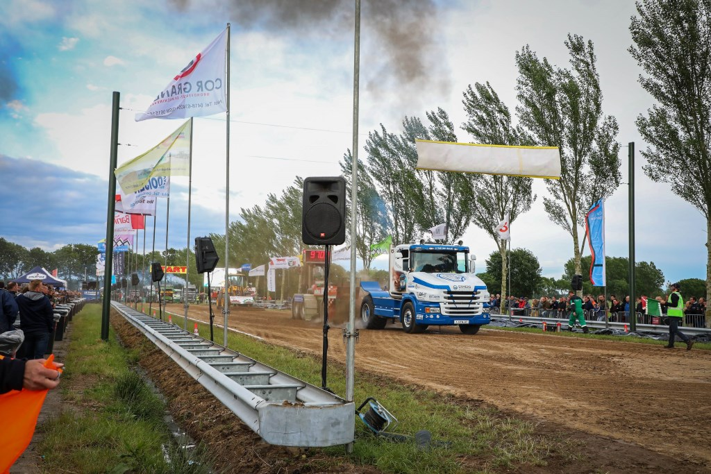 12e editie van Truckpulling Nederhemert Foto: Lya Cattel © Bommelerwaard