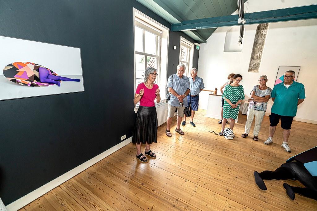 Meet en Greet met Guda Koster in het museum Vianen Foto: Nico Van Ganzewinkel © Vianen