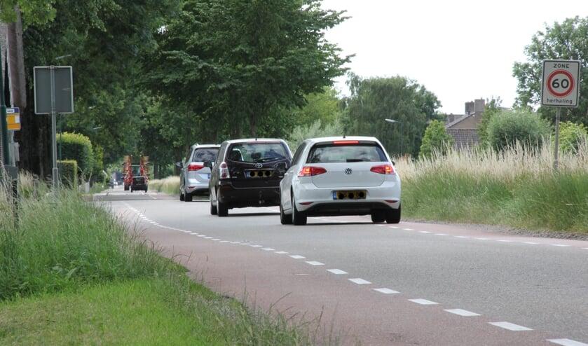 • De Benedeneind Zuidzijde: langgerekte weg zonder verkeersbelemmeringen.