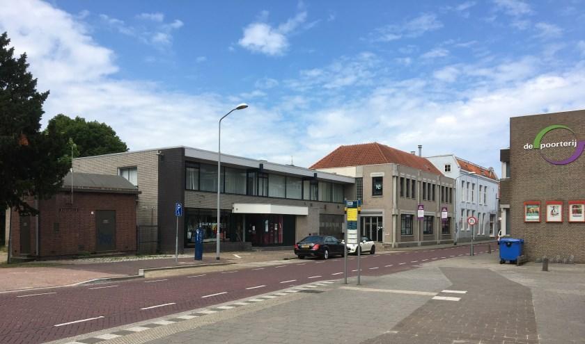 • Het voormalige Rabobank kantoor is nu o.a. in gebruik door Elliz in Company.