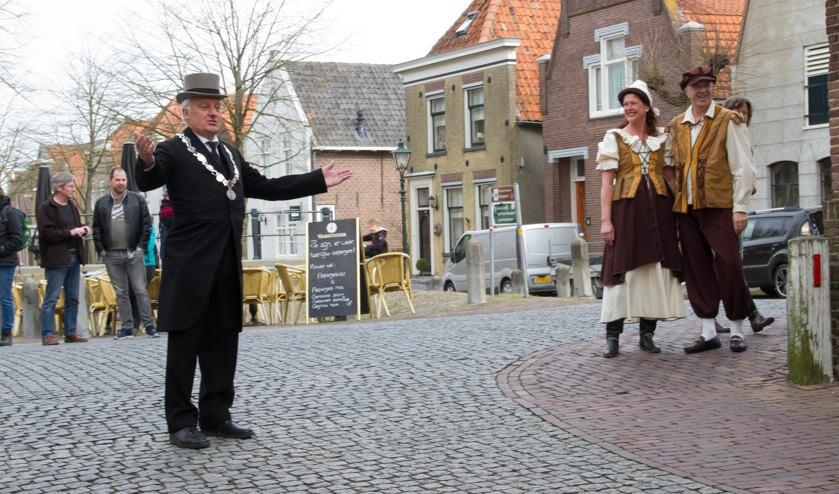 Archieffoto. Burgemeester Dirk van der Borg in Nieuwpoort, tijdens een historisch evenement in 2016.