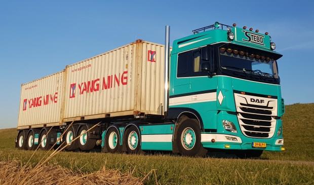 • De truck van Ronald Boele uit Langerak.   © Alblasserwaard