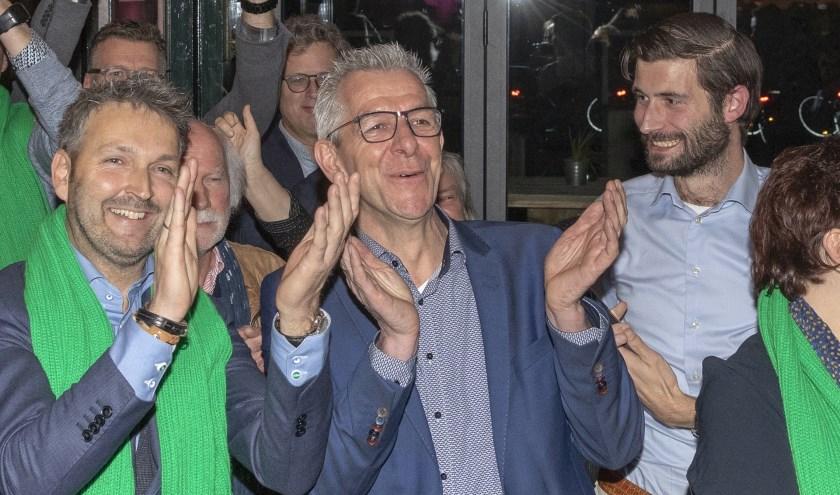 CDA'er Gerard Paans naast Roland van Vugt tijdens de verkiezingsavond in november vorig jaar.
