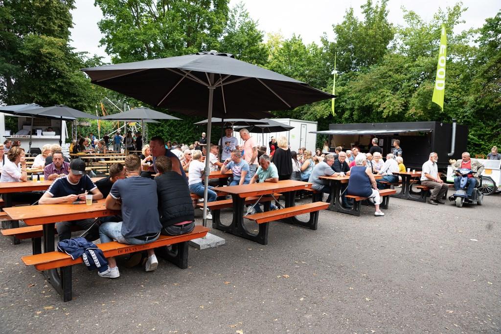 Foodfestival Hoef & Haag Foto: Nico Van Ganzewinkel © Vianen