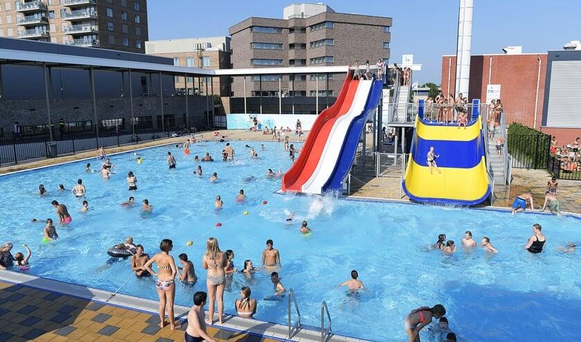 • Waterpret in het Papendrechtse zwembad. (archieffoto)