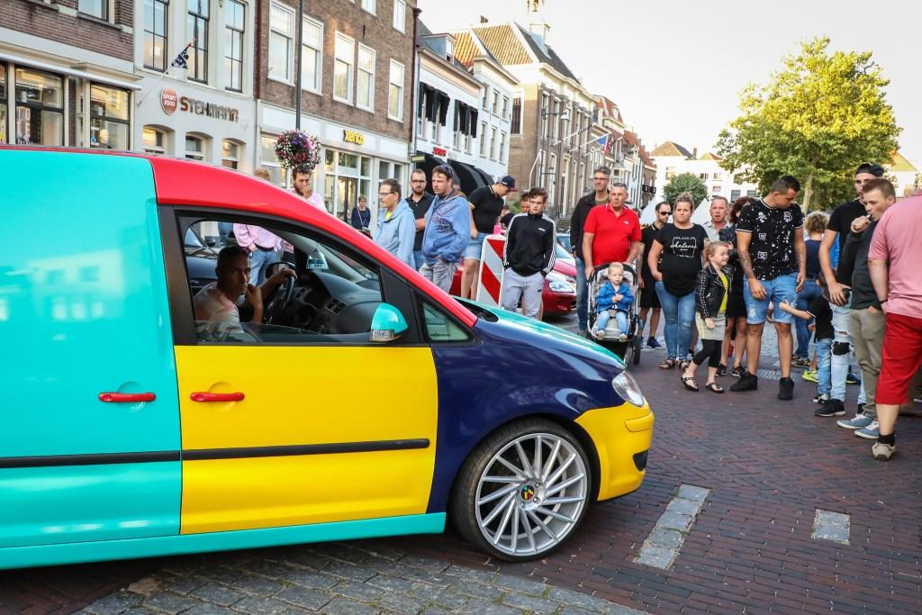 Gepimpte auto's Foto: Lya Cattel © Bommelerwaard