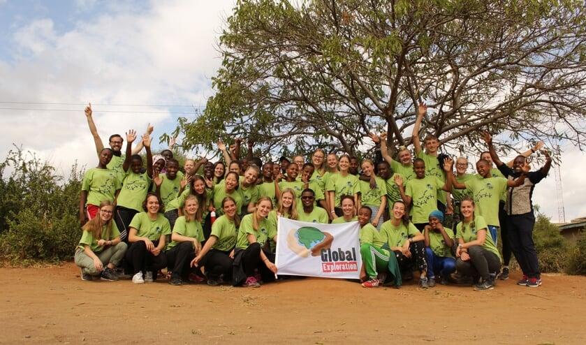• De groep trok intensief op met leeftijdgenoten uit Tanzania.