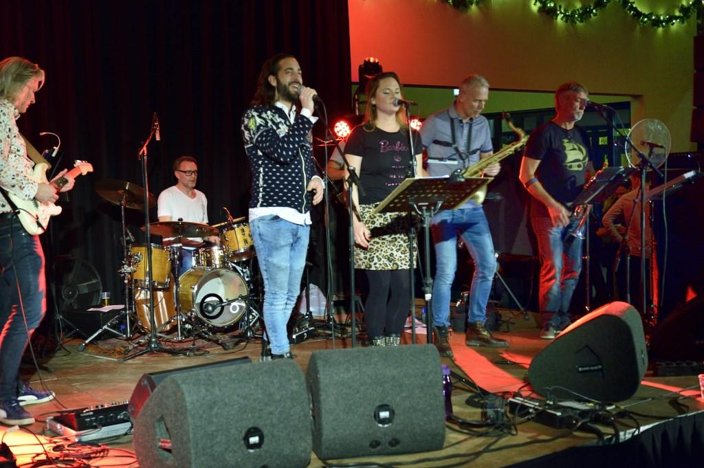 Ons Dorp live 2018 De Zwaan Foto: Wil Feijen © DeMooiSonenBreugelKrant
