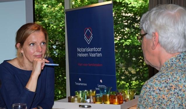 Notaris Heleen Vaarten in gesprek  | Fotonummer: dd92ca