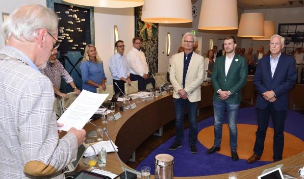 Jan Boersma (CDA), Tom van den Nieuwenhuijzen PvdA/GroenLinks) en John Frenken (Dorpsvisie) werden beëdigd als wethouder Foto: Wil Feijen © DeMooiSonenBreugelKrant
