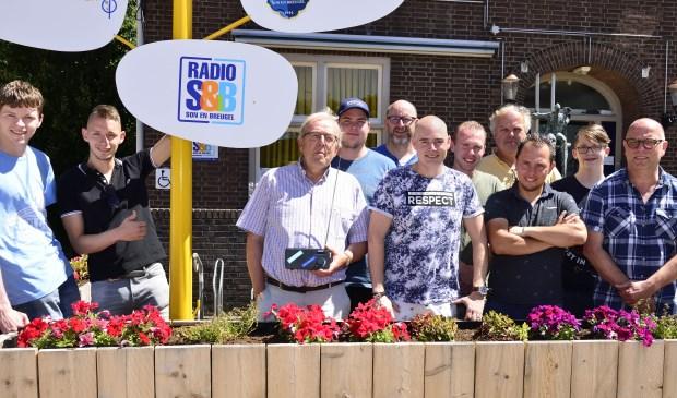Het team van Radio S&B  | Fotonummer: 40a41d