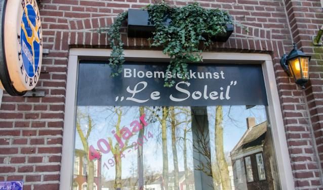 Nieuwe look bloemsierkunst Le Soleil   | Fotonummer: 692ff2